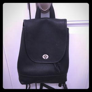 Authentic Coach, black leather backpack